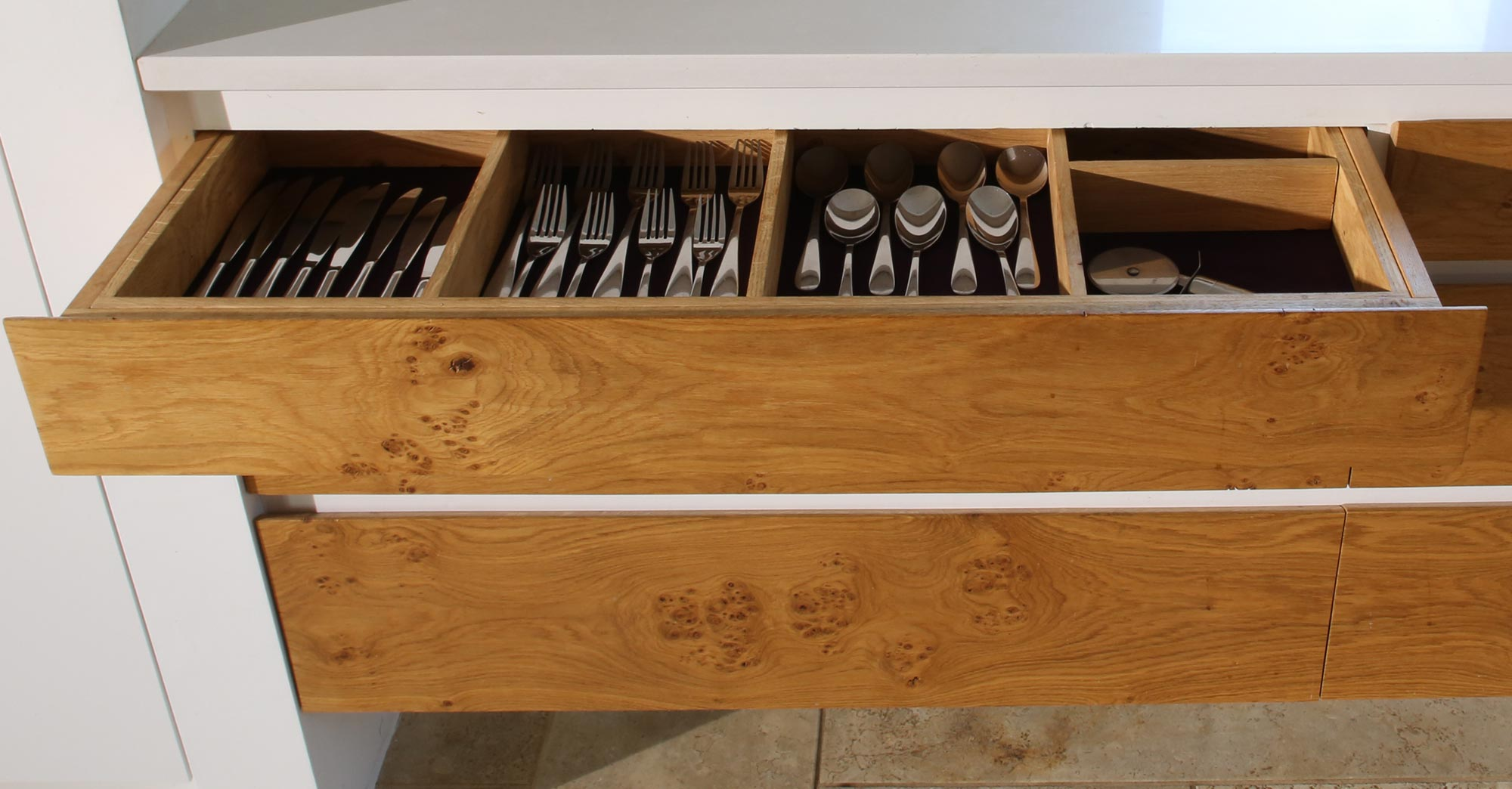 kitchen-worktop-drawers